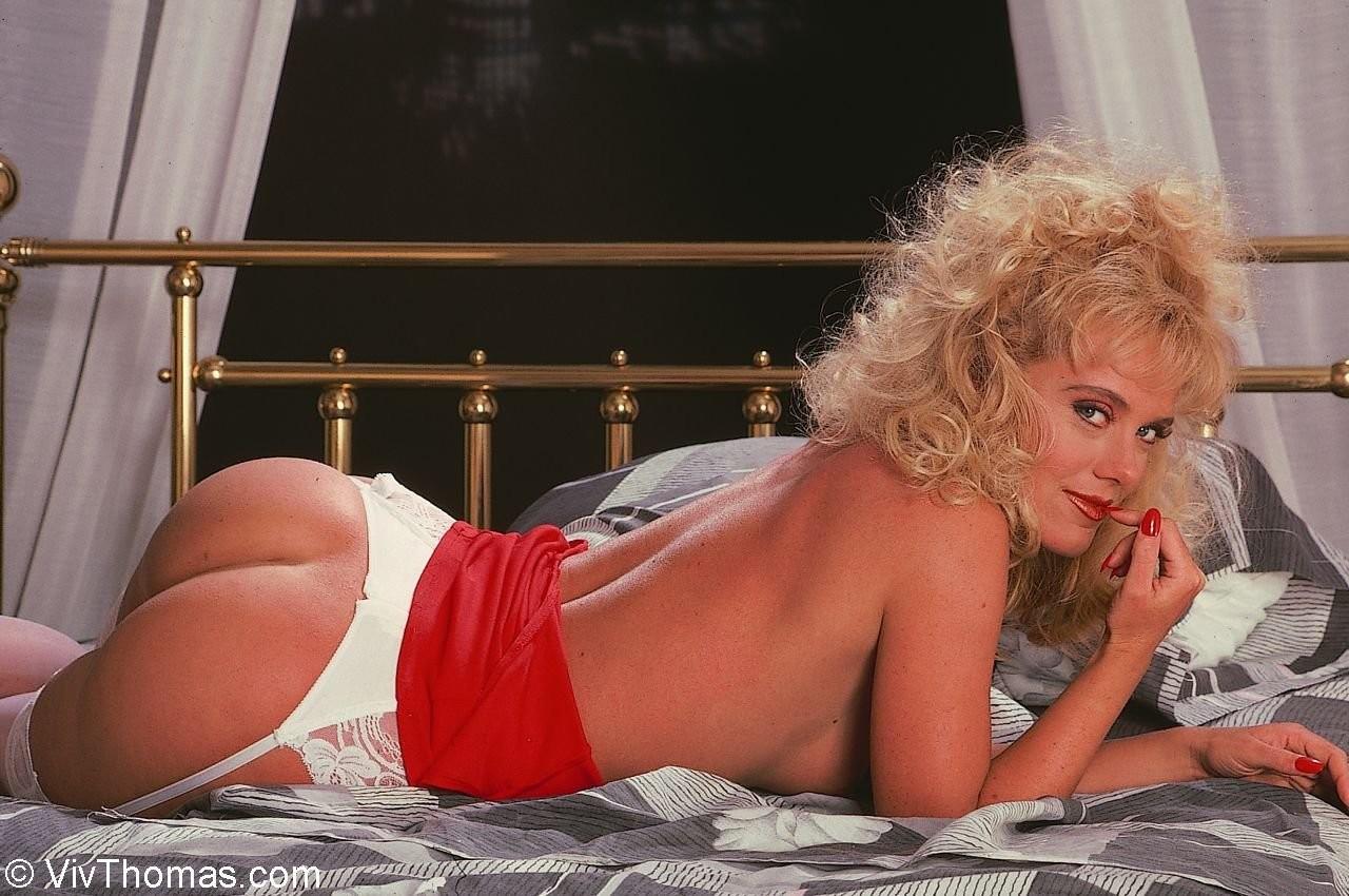 Зрелая светлая порно звезда Луиза с шикарной жопой
