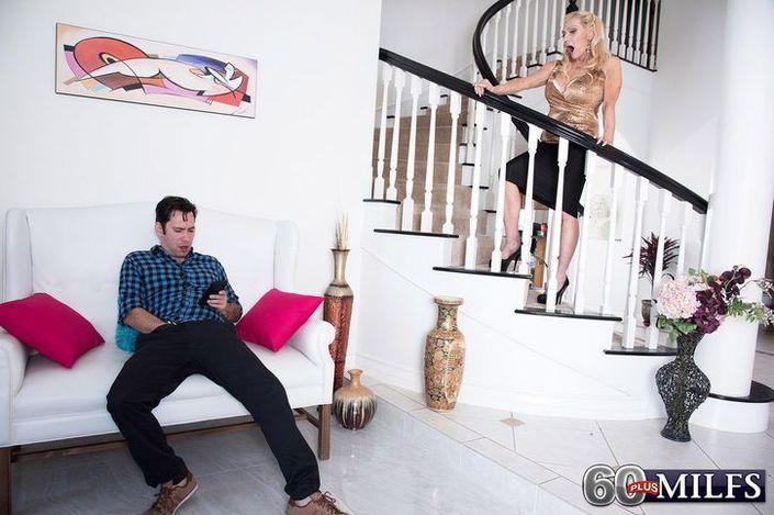 Пикантные фото секса восхитительной старушки с новым кавалером